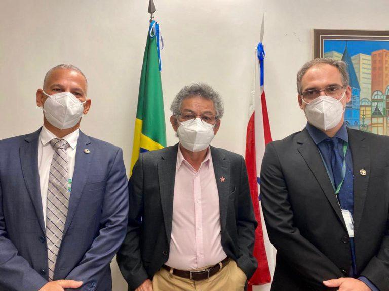 ADEPOL DO BRASIL SE REÚNE COM SENADOR PAULO ROCHA